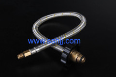 Braided gas cooker hose with black handle