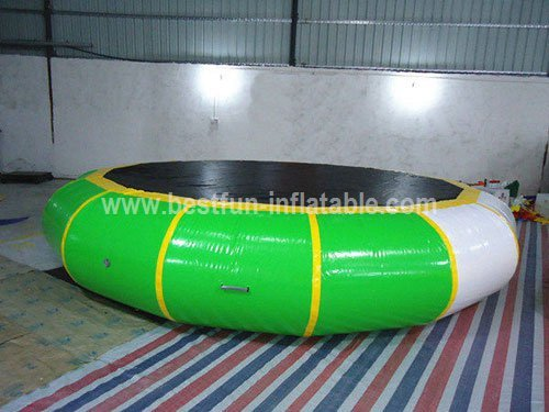 Airtight water play equipment floating trampoline