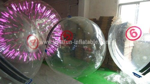Inflatable aqua roller floating water roller ball
