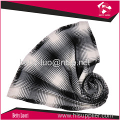1000%ACRYLIC LADIES WINTER WOVEN SCARF