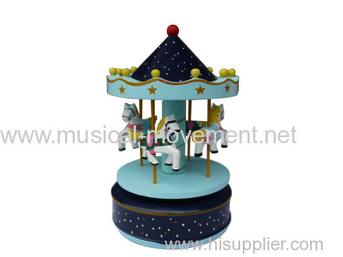 WOOD MUSICAL CAROUSEL WIND UP MECHANICAL MUSIC BOX