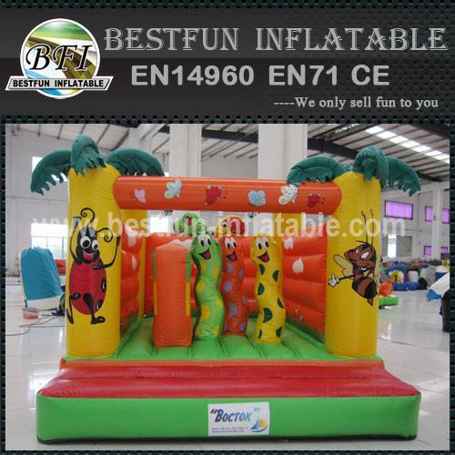 Best selling inflatable worm castle