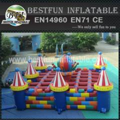 Inflatable playground castle maze