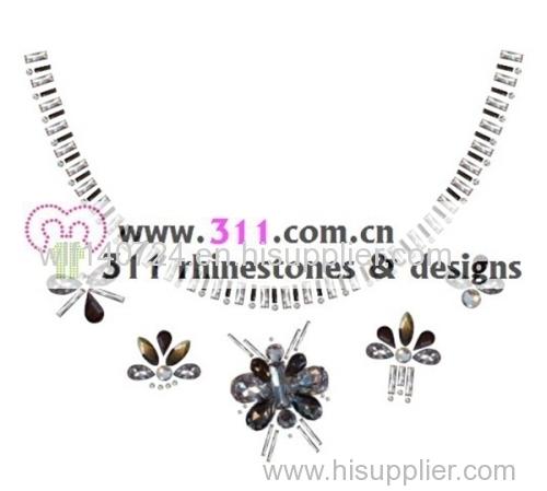 311 iron on acrylic stone hot-fix heat transfer rhinestone motif design 1