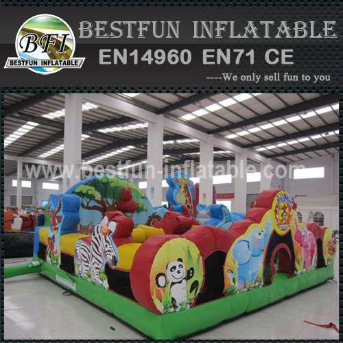 INFLATABLE PLAYGROUND ANIMAL KINGDOM