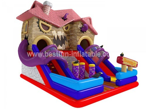 Commercial inflatable halloween haunted castle house
