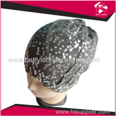 KNITTED FASHION BEANIE HAT