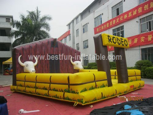 Mechanical bull with Inflatable square