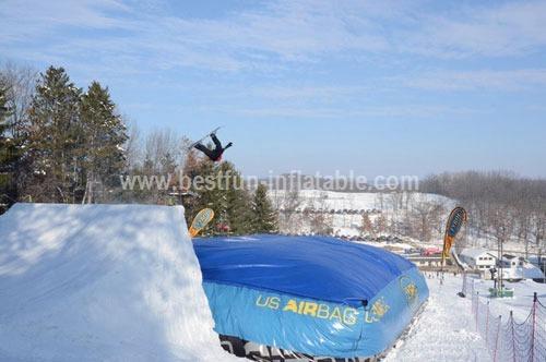 Bagjump Snowboard Big Airbag