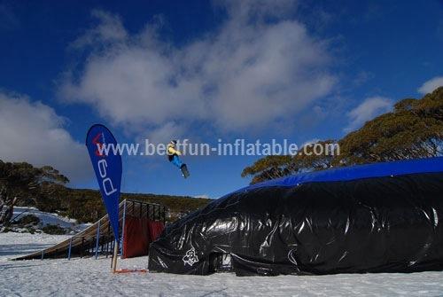 Massive Inflatable Landing Device