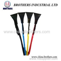 Long Handle Shovel with good quality