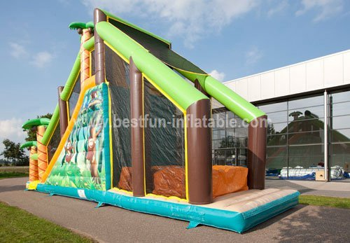 Inflatable jumping obstacle course jungle