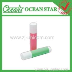 making your own lip balm