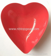 Plastic heart shape fruit bowl