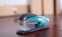 metal / thickened / save effort stitch stapler