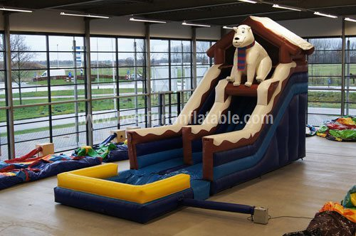 Beautiful polar bear inflatable slide