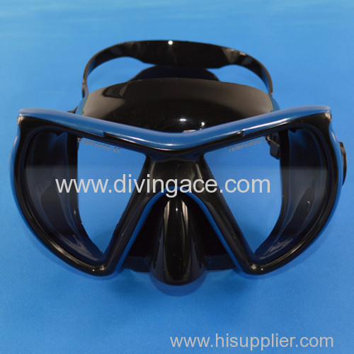 Silicone rubber adult scuba diving mask