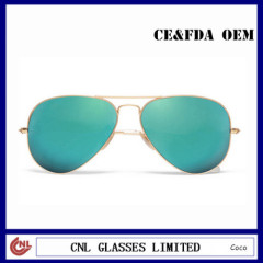 Green Metal aviator polarized sunglasses