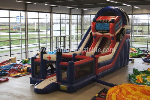 Jumping inflatable giant slides fire truck