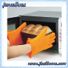 Silicone oven mitt with heart shapes cooking glove manufacturer
