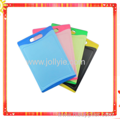 Heat Resistant Plastic Cutting Board With PP&TPR