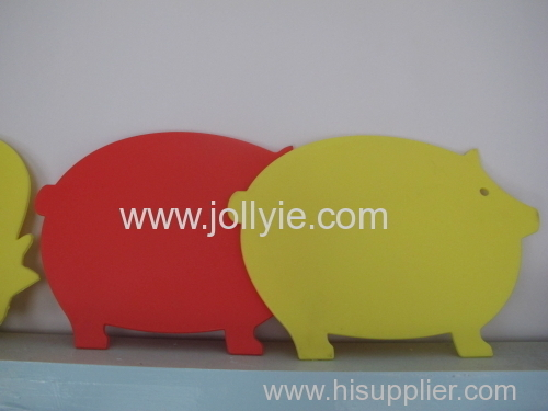 LOVELY ANIMAL SHAPED PLASTIC CUTTING BOARD