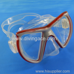 Low volume silicone freediving mask/diving goggles