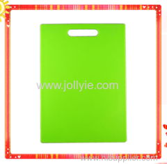 COLORFUL VEGETABLE THIN PLASTIC CUTTING BOARD