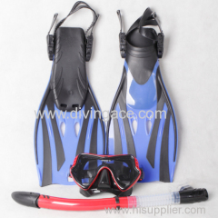 New diviing mask sorkel and diving fins three set