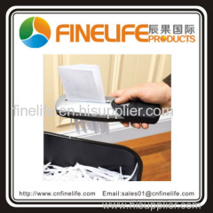 China Supplier Portable Battery Hand Held Paper Shredder Disposes Of A4 Paper