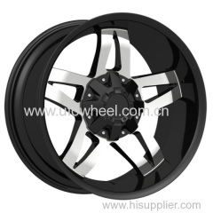 Large Alloy Wheels with large center caps