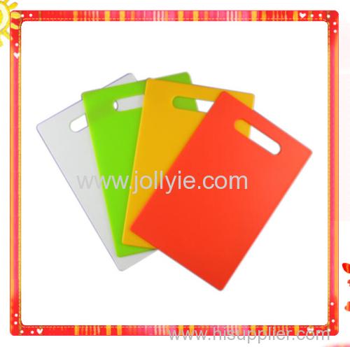 4 PCS COLORFUL PP PLASTIC CUTTING BOARD SET