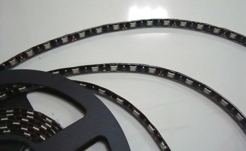 White PCB 60LED/M RGB LED Strip lighting