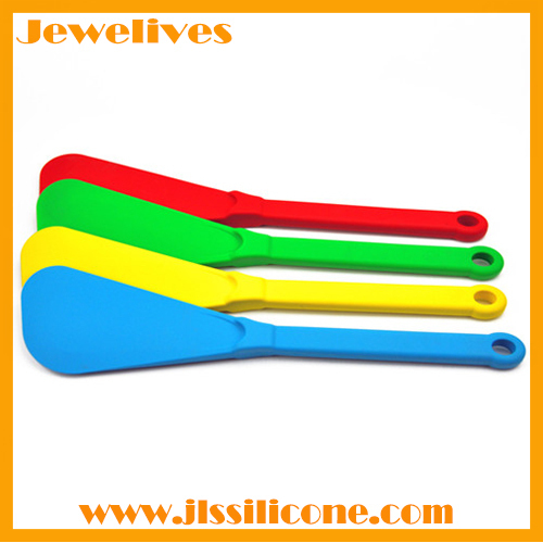 Silicone shovel with Nylon handle