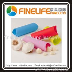 Creative kitchen utensil silicone garlic peeler as seen on tv