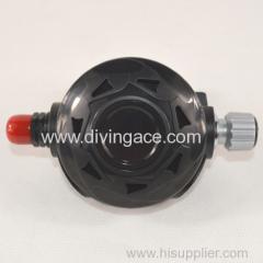 Balance second stage regulator for diving