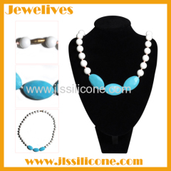 silicone chewing necklace with 3 big beads