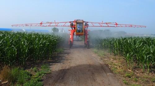 Boom sprayer machine track1500liter 2000liter sprayer plant protection tractor spraying large-scale wheel worked spray
