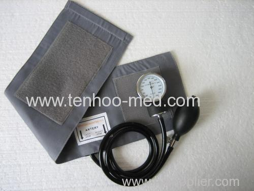 aneroid sphygmomanometer without stethoscope