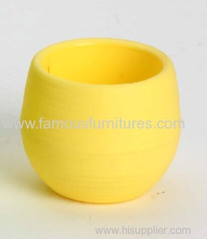 small plastic desk flower pot