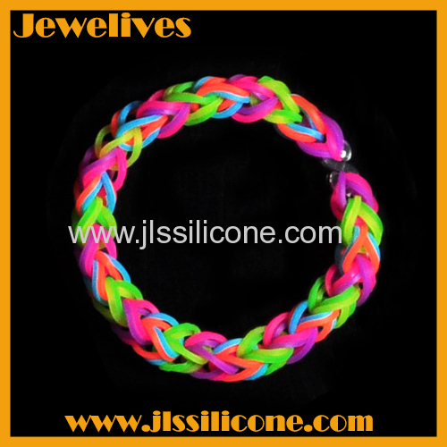 Cool silicone bracelet colorfast