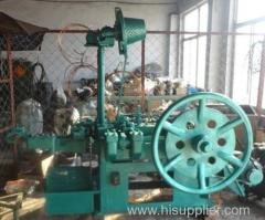 Dakbedekking nagels making machine