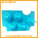 Special silicone shake fins shape ice maker