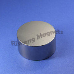 Disc Magnet Wholesale D30 x 15mm +/- 0.1mm N42 neodymium magnets for sale NiCuNi Plated industrial magnetics