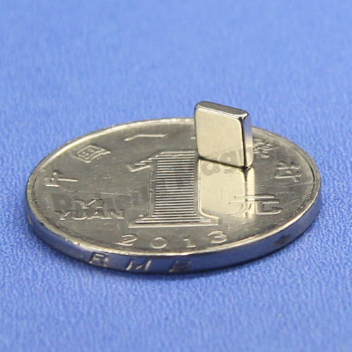 N52 magnet strength super magnetic 10 x 4 x 1mm Small Gold Coated Neodymium Block