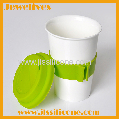 Silicone glass lid and cover with bright green