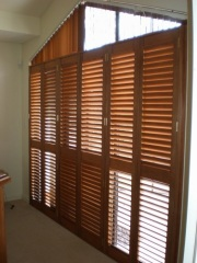 Solid Wooden Shutter from Factory in China Shutter