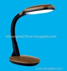 Reading Daylight Desk Lamp