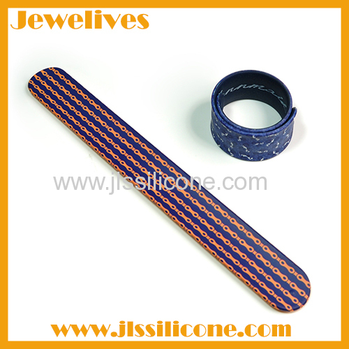 New ideas silicone and steel bracelet