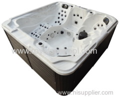 Outdoor Jacuzzi Massage Tub